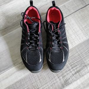 ECCO Boom Train Performance Black and Red Sneakers